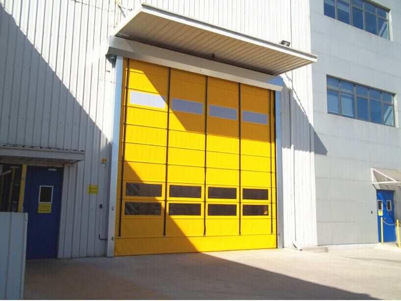 ประตู PVC แบบพับเก็บ
