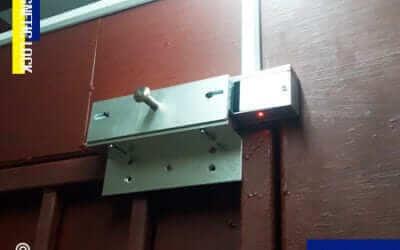 ตลาดไท ปทุมธานี ติดตั้ง ประตูกลอนแม่เหล็กไฟฟ้า (MAGNETIC LOCK)